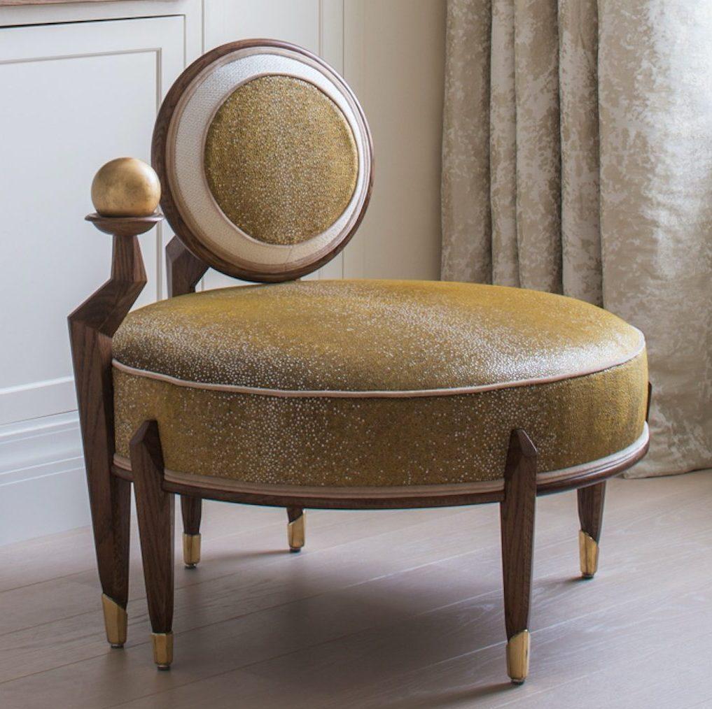 Louis Henri Ltd - The Kiss Chair