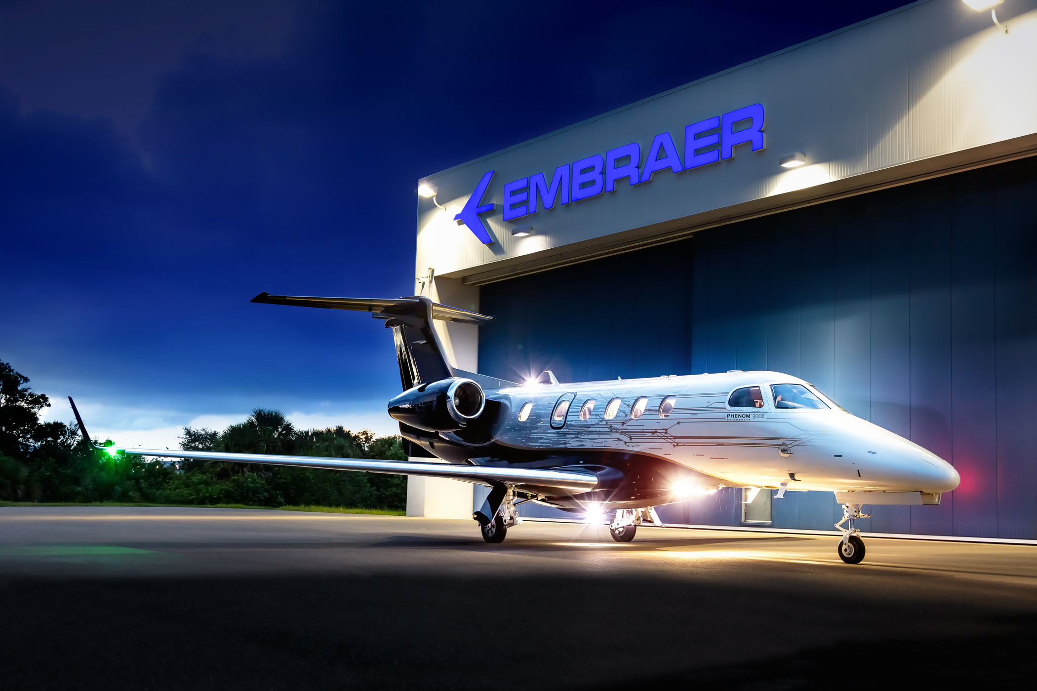 Embraer Executive Jets - Phenom 300E