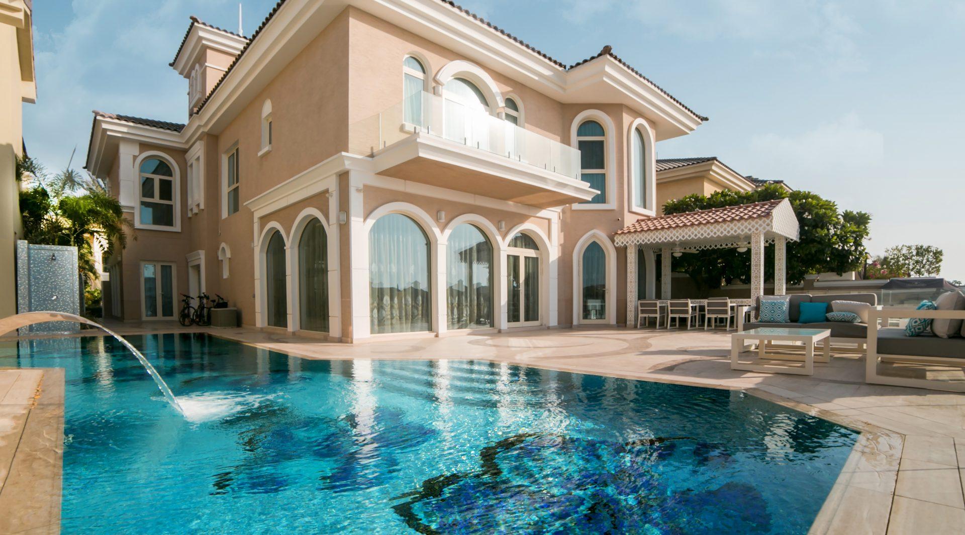Dubai Design Group by Lora Bergiy